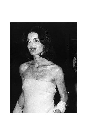 Jacqueline en robe