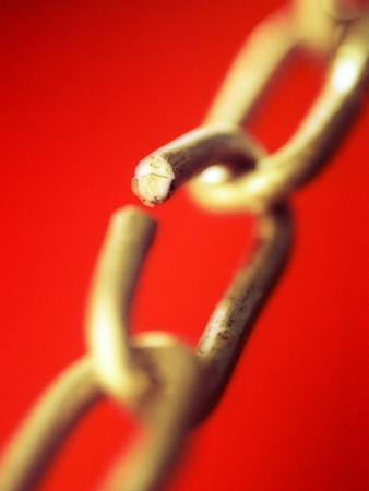 Chain links with hole