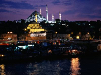 Sulemaniye Mosque from the Eminonu District, Istanbul, Turkey