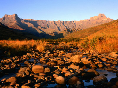 Thukela River and Amphitheatre, Northern Drakensberg, Royal Natal National Park, South Africa