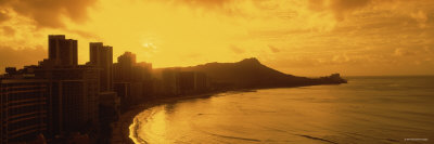 Sunrise View of City and Beach, Waikiki Beach, Honolulu, Hawaii, USA
