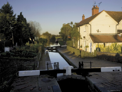 Lock Keepers Canalside Cottage, Worcester and Birmingham Canal, Astwood Locks, Worcestershire