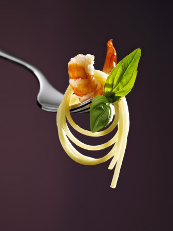 Spaghetti with Shrimp and Basil on a Fork