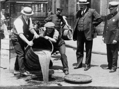 Prohibition Raid, New York City
