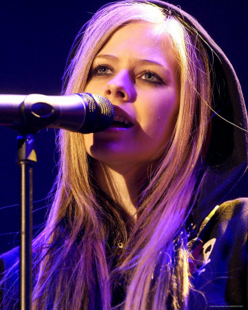 Avril Lavigne - Buy this photo at AllPosters.com