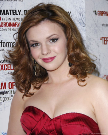 An experienced and stunning actor from an early age, Amber Tamblyn's ...