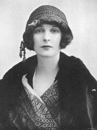Freda Dudley Ward, 1919