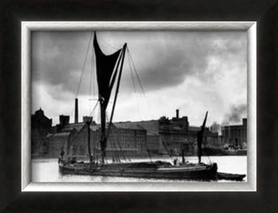 Royal Victoria Docks Docklands London Barge, 1934