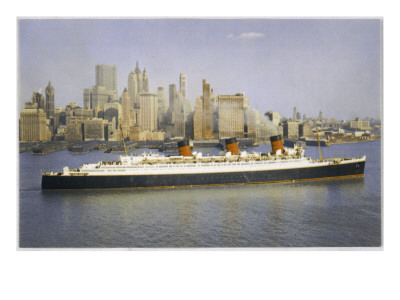 Queen Mary sailing out of New York.