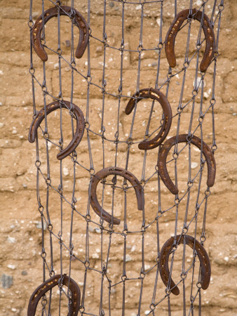 Horseshoes, Degrazia Gallery in the Sun
