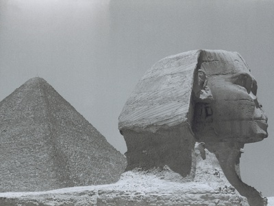 Sphinx And Pyramid/ Cairo/ Giza/Egypt