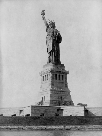 Statue of Liberty in 1890