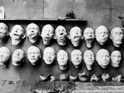 World War I: Masks, 1918