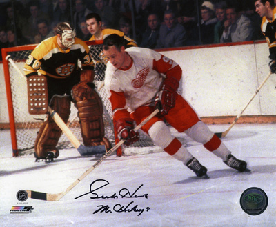 Gordie Howe Detroit Red Wings Autographed Photo (Hand Signed Collectable)