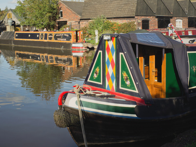 The Worcester and Birmingham Canal at Tardebigge Canal Village in Worcestershire, the Midlands, Eng