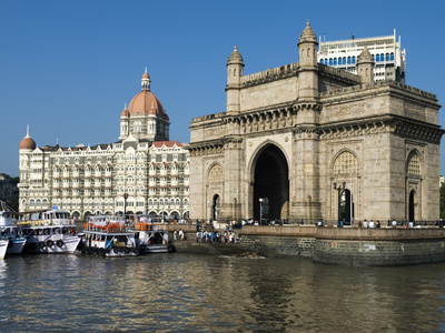 Waterfront with Taj Mahal Palace and Tower Hotel and Gateway of India, Mumbai (Bombay), India
