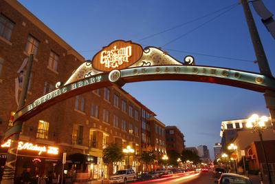 Gateway Arch, Gaslamp Quarter, San ...