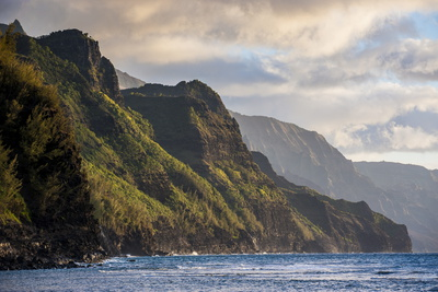 Sunset on the Napali Coast, Kauai ...