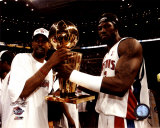 Richard Hamilton & Ben Wallace w/ Championship Trophy ©Photofile