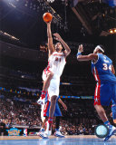 Tim Duncan - 2005 All Star Game - Dunks Against Paul Pierce
