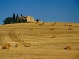 Hay Bales and Farm House Near Pienza, Pienza, Tuscany, Italy