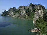 Ha Long (Ha-Long) Bay, Unesco World Heritage Site, Vietnam, Indochina, Southeast Asia