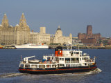 River Mersey Ferry and the Three Graces, Liverpool, Merseyside, England, United Kingdom, Europe