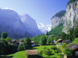 Lauterbrunnen and Staubbach Falls, Jungfrau Region, Swiss Alps, Switzerland, Europe