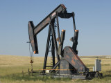 Oil Rig Pumps Oil from the Montana Ground
