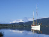 Sailboat Manuska on Lake Te Anau, Te Anau, New Zealand