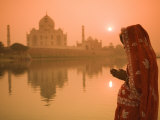 Buy Taj Mahal, Agra, Uttar Pradesh, India at AllPosters.com