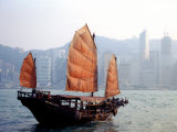 Duk Ling Junk Boat Sails in Victoria Harbor, Hong Kong, China