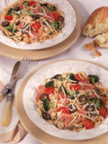 Pasta with Prosciutto and Tomatoes