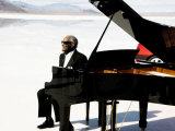 Ray Charles Filming a Peugeot Commercial, 1994 Premium Poster