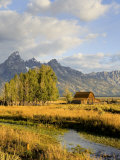 Historic Barn, Mormon Row and Teton Mountain Range, Grand Teton National Park, Wyoming, USA