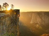 California, Yosemite National Park, Taft Point, El Capitan and Yosemite Valley, USA