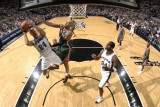Milwaukee Bucks v San Antonio Spurs: Richard Jefferson and Drew Gooden