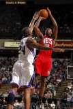 New Jersey Nets v Sacramento Kings: Travis Outlaw and Carl Landry