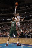 Milwaukee Bucks v Dallas Mavericks: Shawn Marion and Drew Gooden