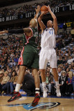 Milwaukee Bucks v Dallas Mavericks: Dirk Nowitzki and Drew Gooden