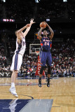Atlanta Hawks v New Jersey Nets: Marvin Williams and Troy Murphy
