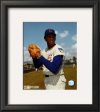 Ferguson Jenkins - Ball in glove, posed