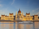 Hungarian Parliament Building and River Danube, Budapest, Hungary