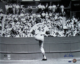 Ken Regan Signed Bob Gibson Pitching Horizontal Photo