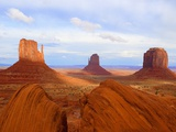 Mitten Buttes and Merrick Butte in Monument Valley Fotografie-Druck