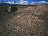 Curvilinear Abstract-Style Petroglyphs and Eastern Sierra Mountains, Bishop, California, Usa