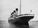 Titanic Stern View.