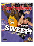 Los Angeles Lakers' Shaquille O'Neal and Portland Trailblazers' Arvydas Sabonis - May 7, 2001