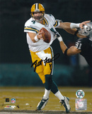 Brett Favre Green Bay Packers - vs. Raiders Autographed Photo (Hand Signed Collectable)