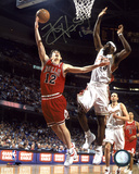 Kirk Hinrich Chicago Bulls vs. LeBron James Autographed Photo (Hand Signed Collectable)